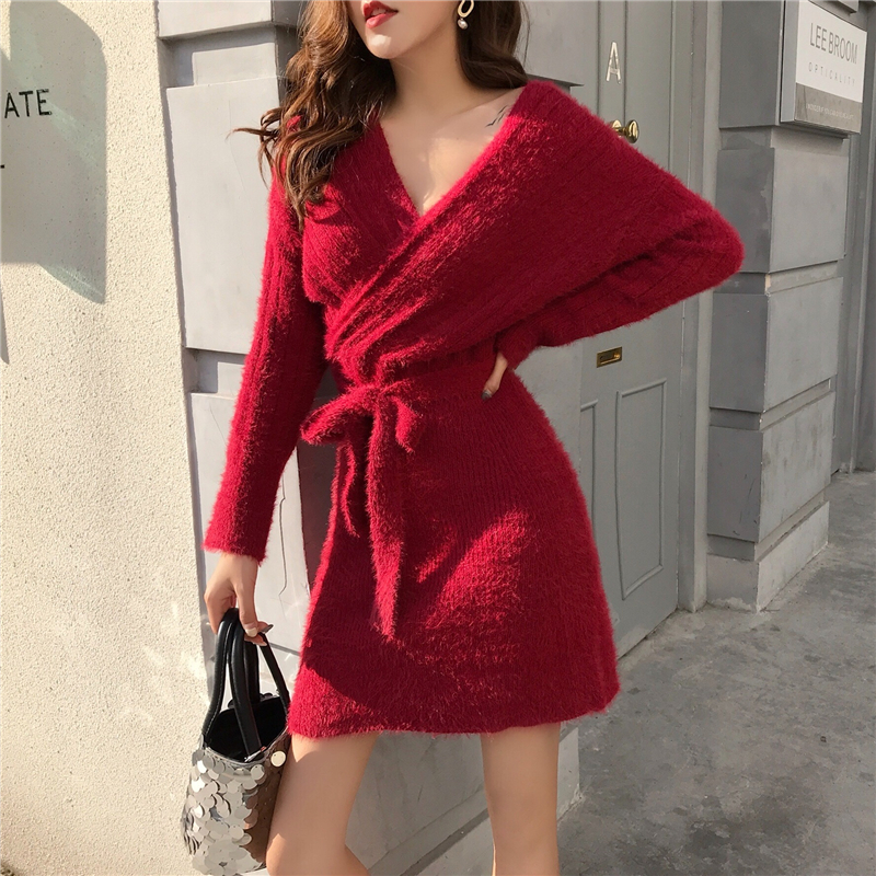 2019 spring and autumn Soft and comfortable wool knitting v neck women dress red khaki cross