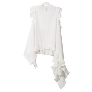 Image 4 - [EAM] 2020 New Spring Summer Round Neck Sleeveless Black Irregular Hem Pleated Loose Shirt Women Blouse Fashion Tide LLL324