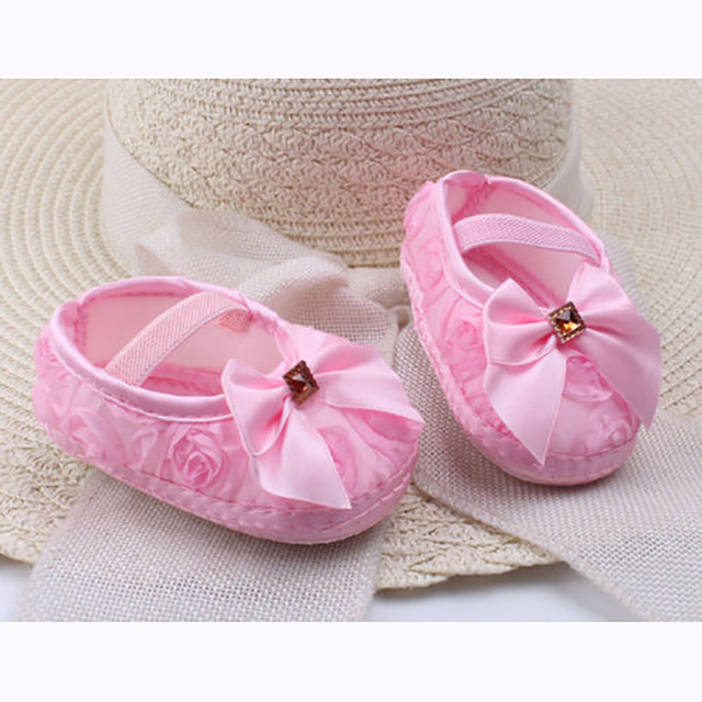 0ac4d684a9f 2019 Newborn Infants Baby Girl Soft Crib Shoes Moccasin Prewalker Sole  Shoes Bow Lace Princess Cute Fashion New Sale Hot