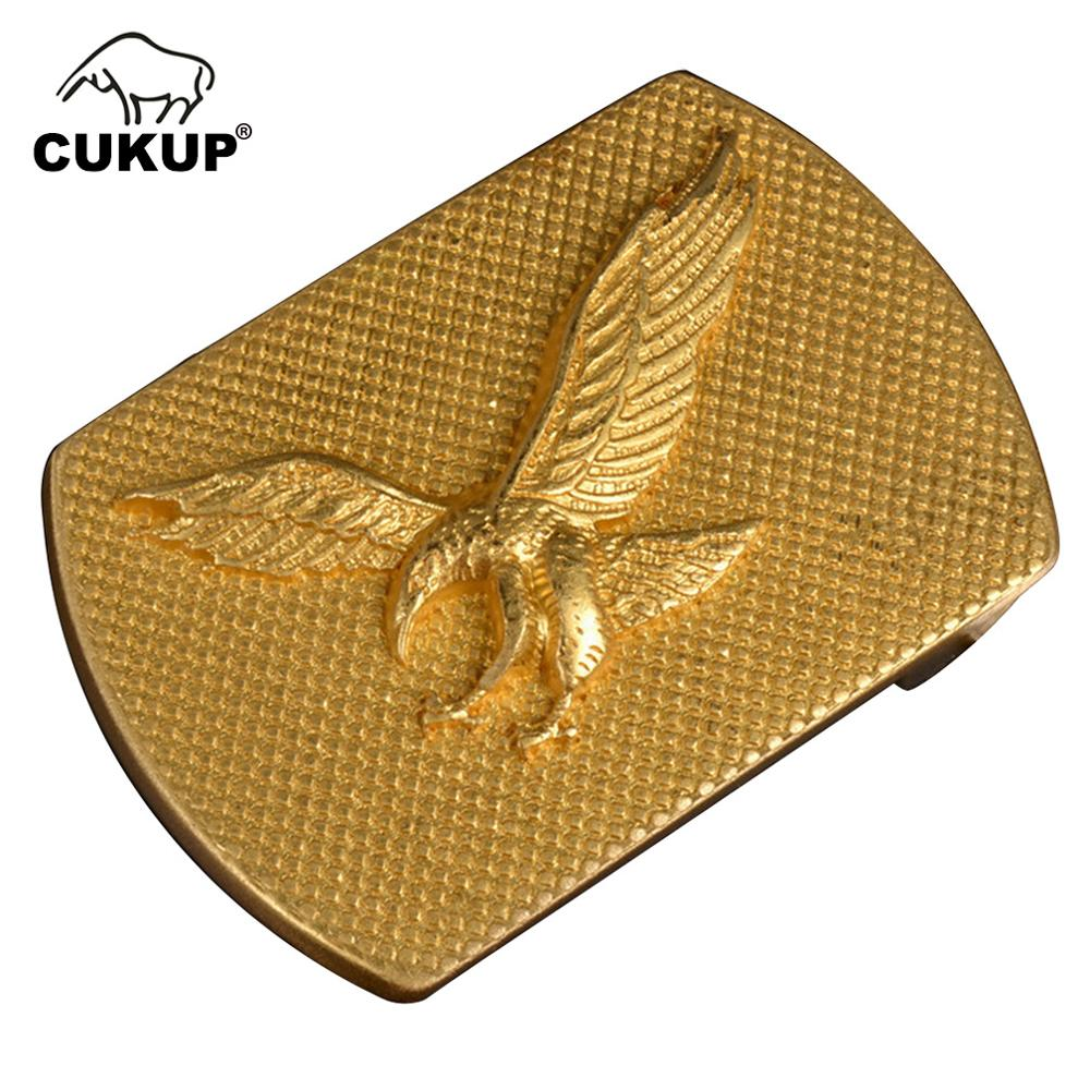 CUKUP Men's New Design Eagle Animals Pattern Male Western Style Solid Copper Smooth Gold Belt Buckles Brass Metal For Men BRK051