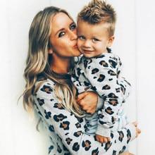 Одинаковые комплекты для семьи, рубашка с длинными рукавами с леопардовым принтом для мамы, дочки и сына, семейная одежда, комплекты одежды