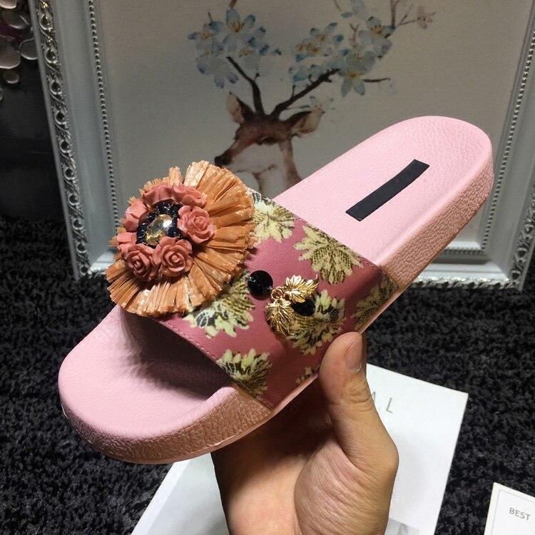 Style Pics Appliques Printemps Nouveau De Luxe Confortable Bain Marée As Base as Salle Chaussures Pantoufles D'été Pour Femme Designer Pics 2018 0aUw0