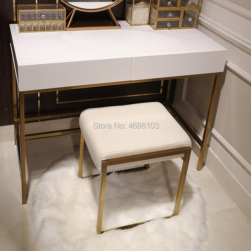 2019 Brand New Square Luxury Cosmetic Gold Metal Chair House Furniture Nordic Furniture Chairs Modern Furniture