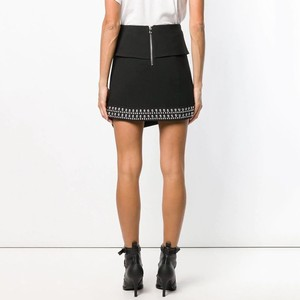 Image 2 - Falda TWOTWINSTYLE de Patchwork con remaches pesados, faldas asimétricas sexis de cintura alta para mujer, moda informal de primavera 2020