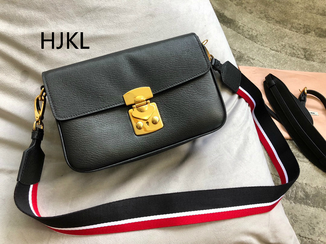 2019 NEW Custom Clutch Women HandBag Real Leather Cowhide Brand Handbags Ring High-end Small Square Bag Ladies Shoulder Bag2019 NEW Custom Clutch Women HandBag Real Leather Cowhide Brand Handbags Ring High-end Small Square Bag Ladies Shoulder Bag