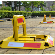 Car Parking Blocker Barrier Manual Lock Bollard Post No Cars