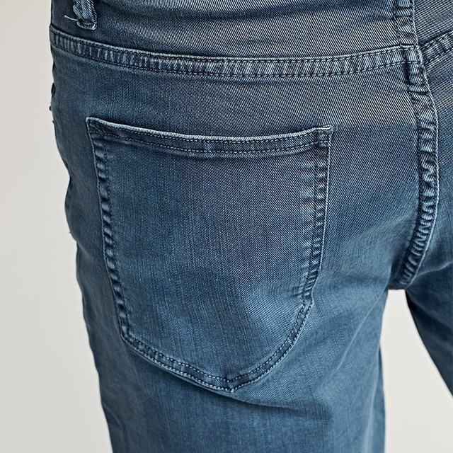 Men's Denim Shorts With Pocket Cotton Solid Color Slim Fit