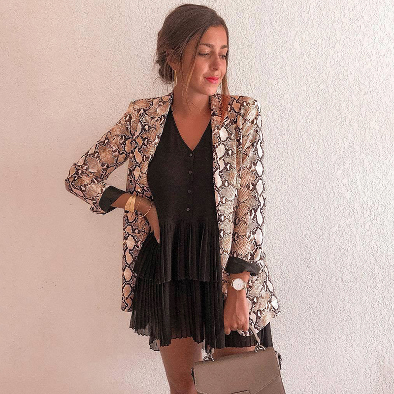 2019 Chic Women Snake Print Blazer Notched Collar Long Sleeve Coat Female Outerwear Women Suit Top OL Jacket Female Thin Coat