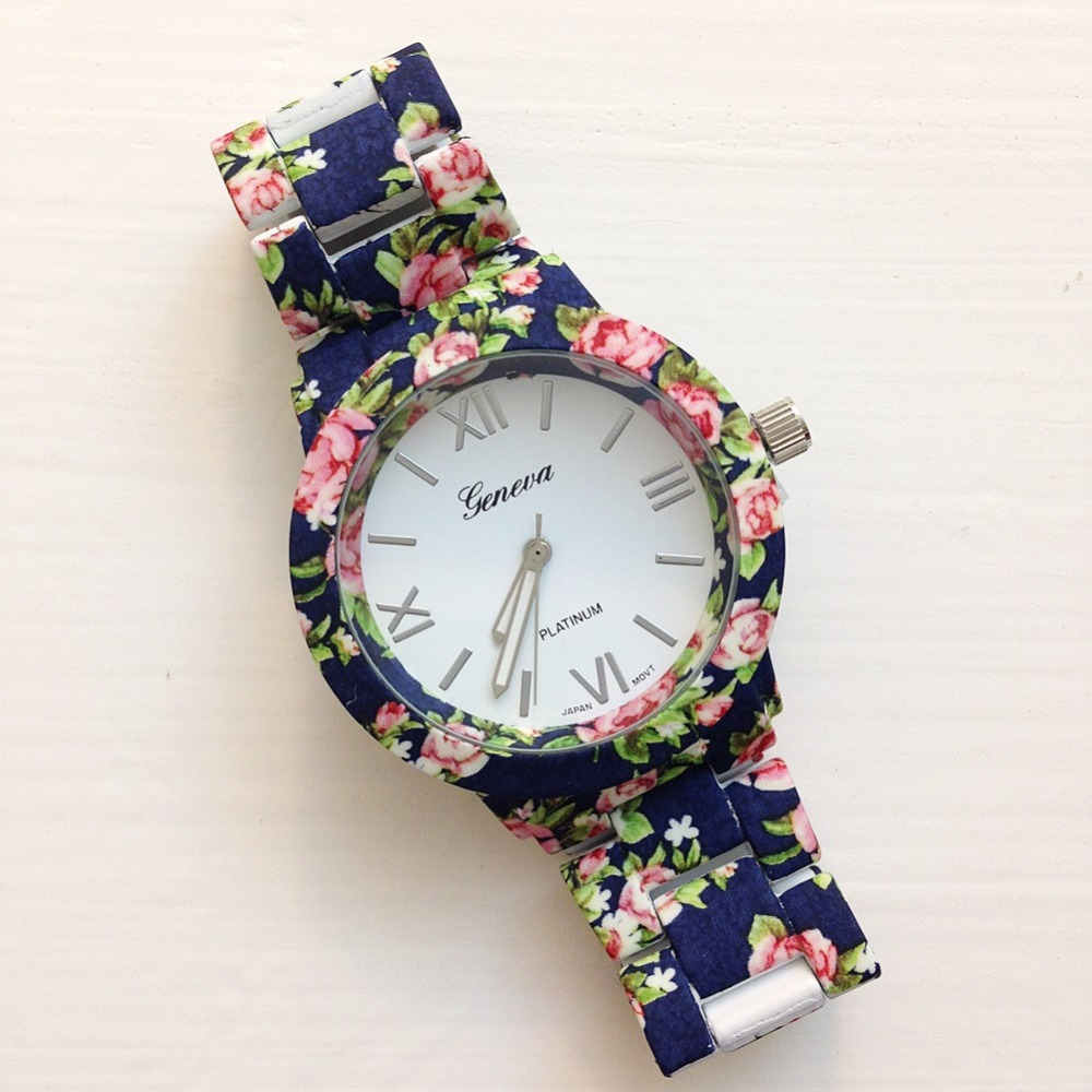Supply Hottest Fashion Women Watch Geneva Flower Vintage Watch Japan Quartz Movement Women Watches Relojes De Mujer Commodities Are Available Without Restriction Watches