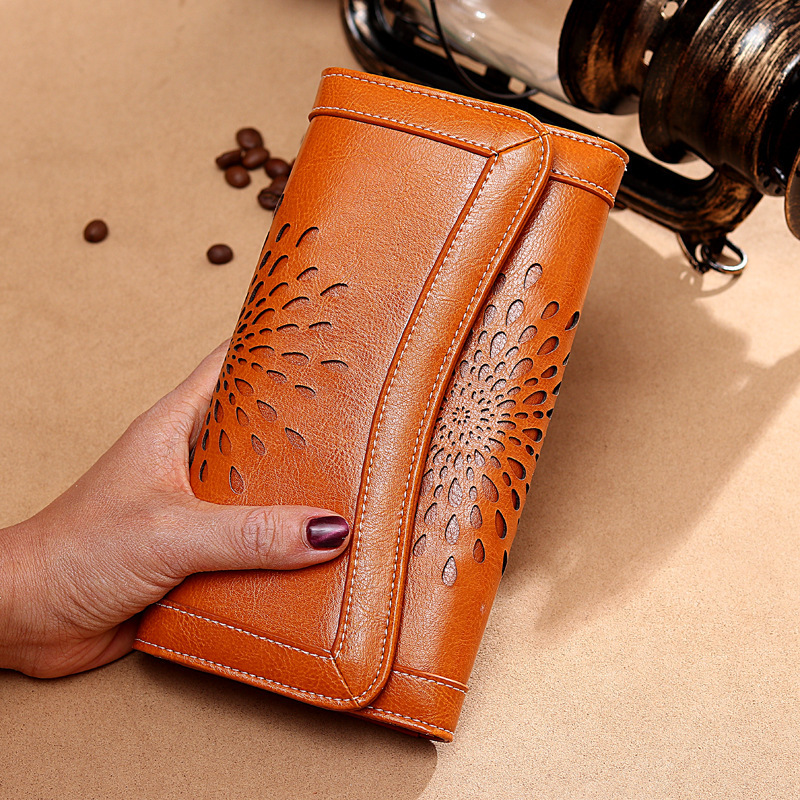 Fashion Genuine Leather Women Wallets Hollow Out Female Purse Long Solid Womens Wallet Phone Pocket Lady Purse Luxury Designer