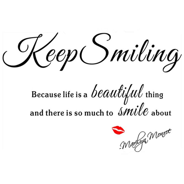 Marilyn Monroe Quotes Muursticker Keep Smiling Rode Lip Vinyl