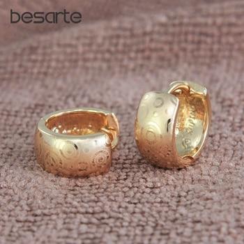 8ee0dd7bcab5 6 par lote Pendientes de aro de oro para las mujeres Aretes Brinco CC  pendiente