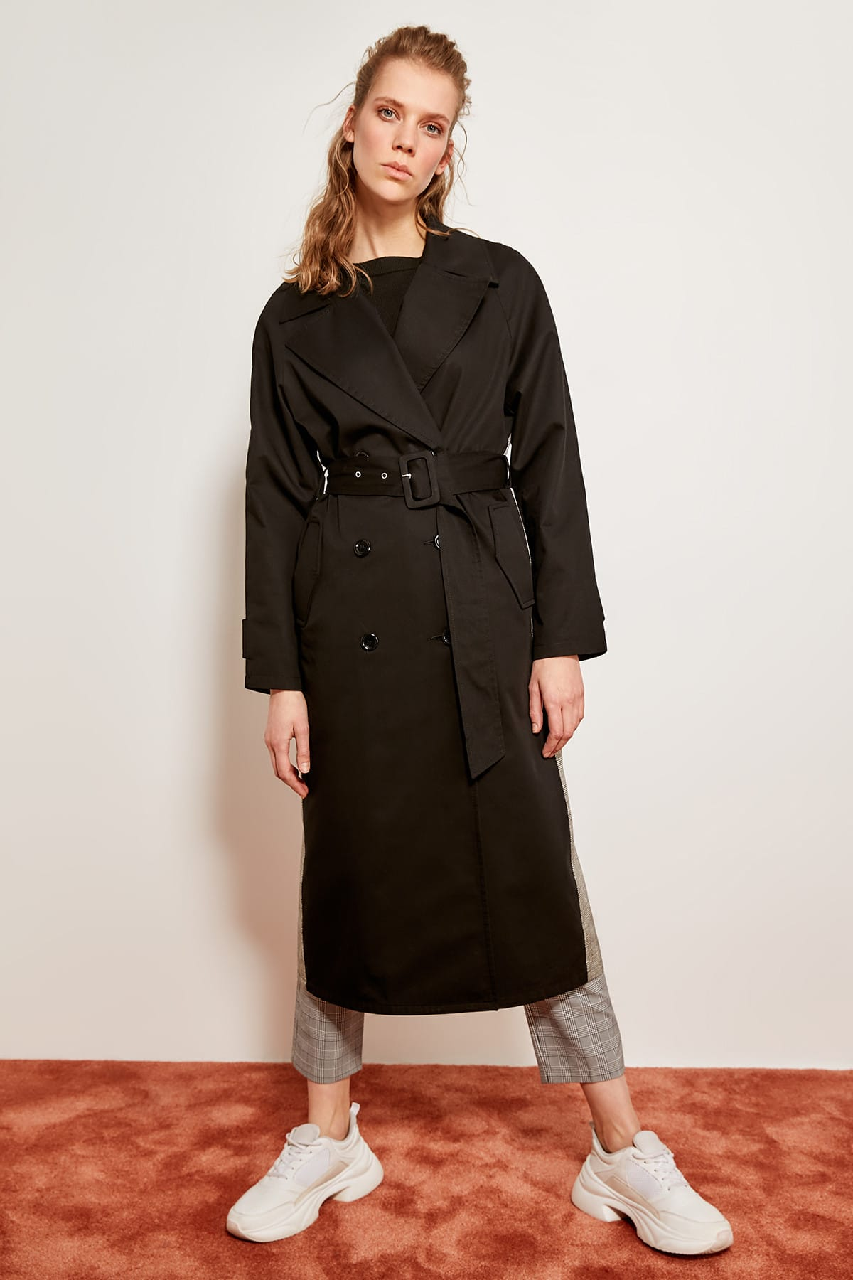 Trendyol Detailed   Trench   Coat Black Plaid TCLSS19BY0005
