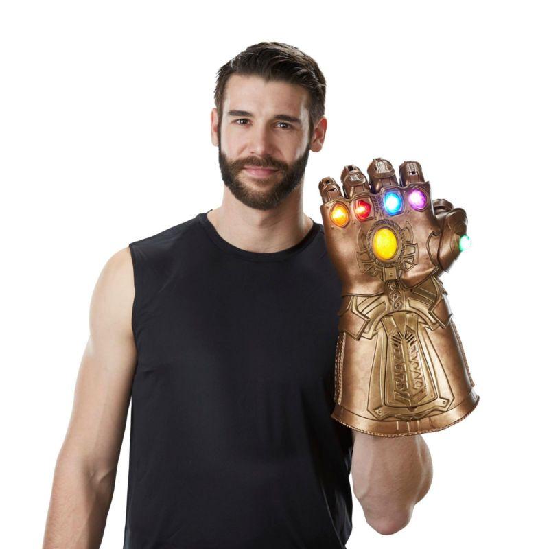 Avengers 3 Infinity Guerra Infinity Gauntlet HA CONDOTTO LA Luce Thanos Guanti Cosplay Prop 34.5 cm Action Figure Cartoon Movie Toy raccogliere