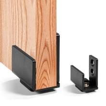 Aço carbono preto deslizante porta do celeiro inferior fixado na parede piso guia de rolo da porta da mobília para casa rolha do balanço com parafusos