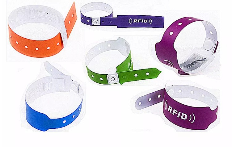 Disposable Baby Patient Hospital ID UHF RFID Paper PVC Reusable Silicon Rfid Uhf Wristband Tag For School Hospital Sports Race