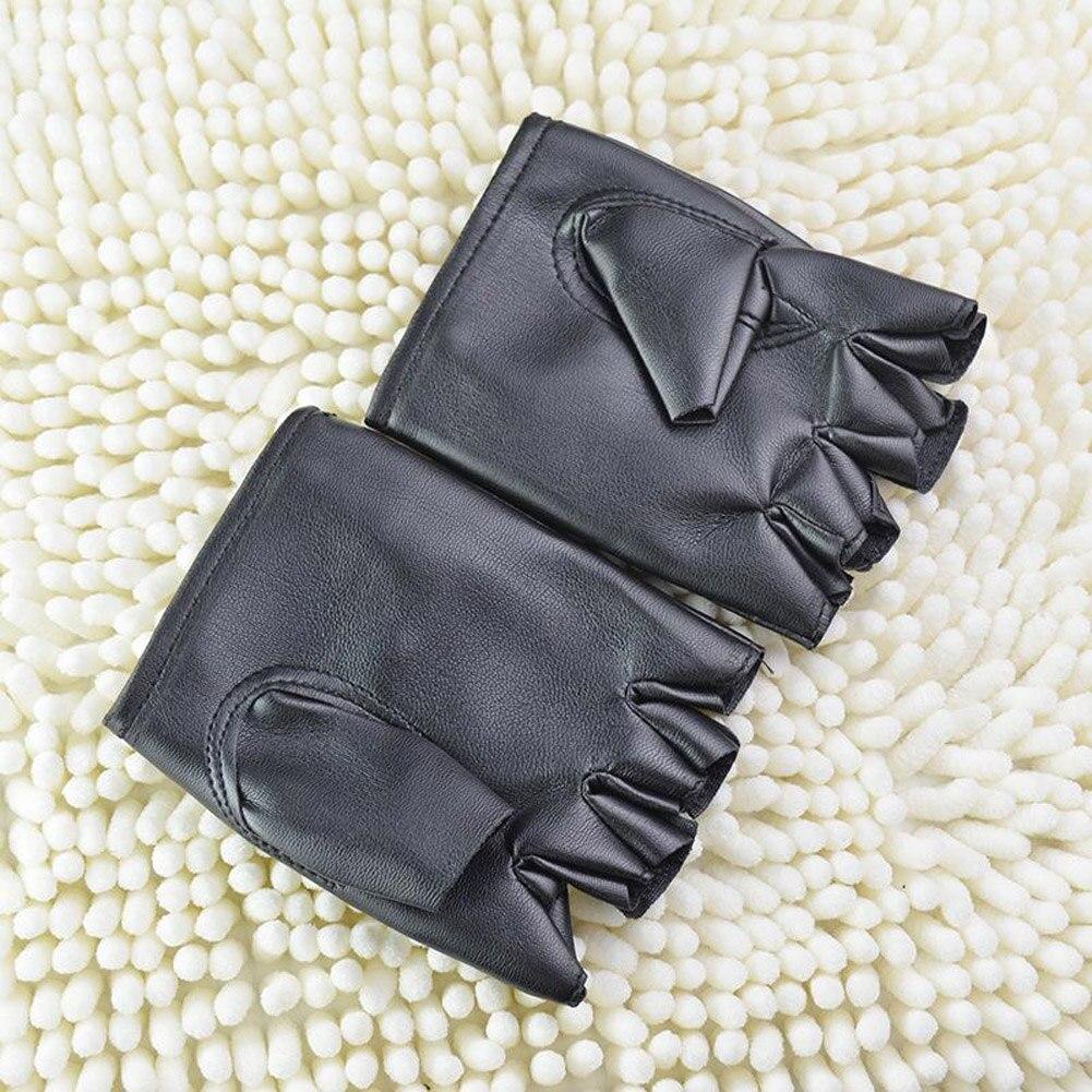 1Pair Fashion Boy Gloves Cool Hollow PU Leather Biker Driving Gloves For Men Black Half Finger Gloves Fingerless Gloves Guantes