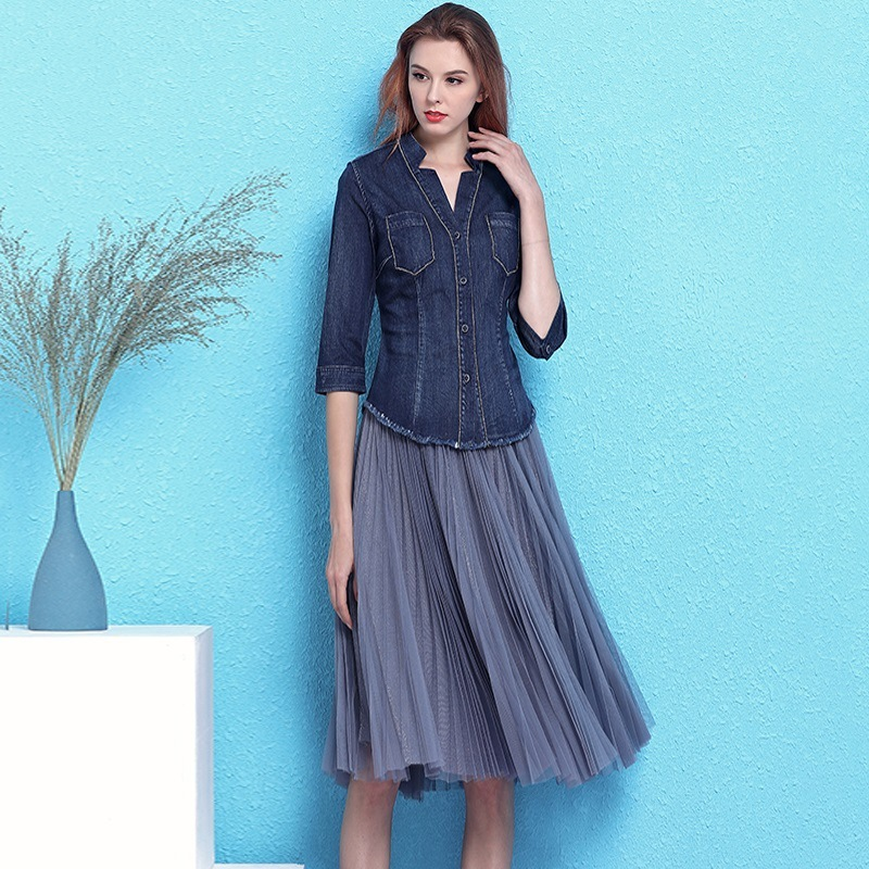 Fashionable handsome v-neck beaded slim denim shirt and feminine pleated mesh skirts two-piece suit women summer NW19B6039