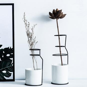 Dekoracja nordycka dom artystyczny design ceramika wazon skandynawski styl minimalistyczny akcesoria do dekoracji wnętrz nowoczesne tanie i dobre opinie GUUUUO Europa Szkło Nordic style Vase Blat wazon vase decoration home porcelain Glazing pottery ceramics abstract Carton packaging