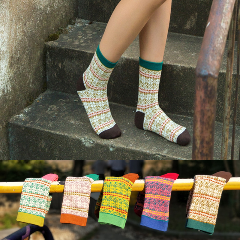 Japan Real Pug 2019 Women's Socks Latest Design National Wind Pattern Cotton Socks, Colorful Happy Clothes Female (5 / Batch)