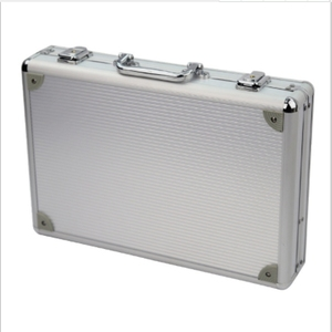 Image 3 - 24 grille valise en aluminium présentoir boîte de rangement montre boîte de rangement boîtier montre support horloge montre horloge boîte