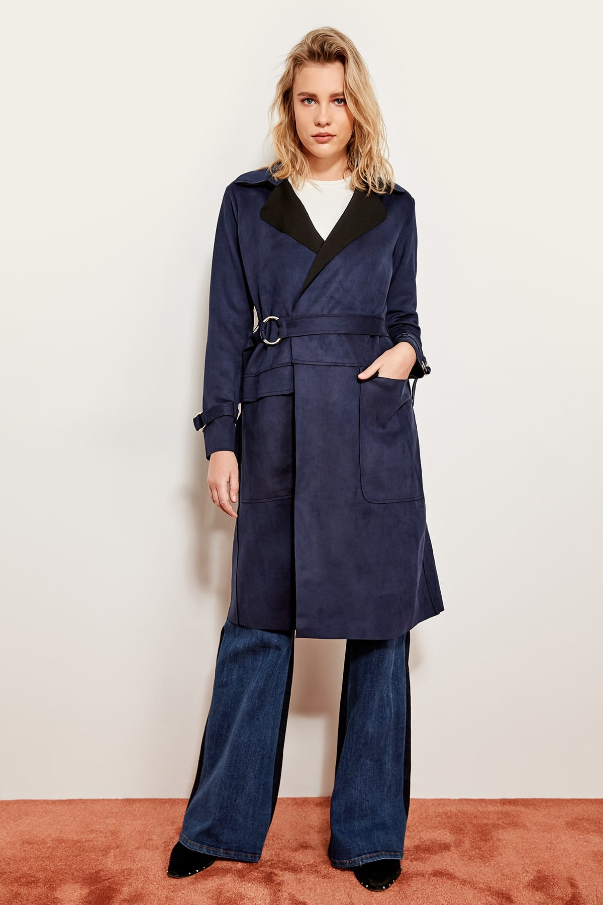 Trendyol Dark Blue Suede   Trench   Coat Long Arched TOFSS19ST0013