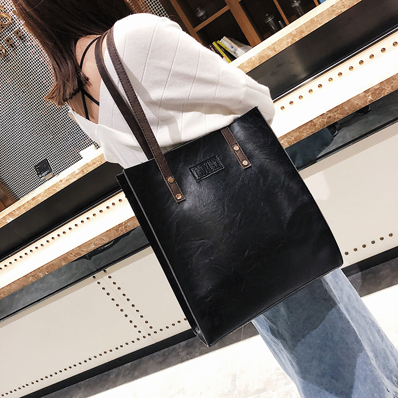 2019 Spring And Autumn New Women's Bag European And American Retro Simple Fashion Briefcase
