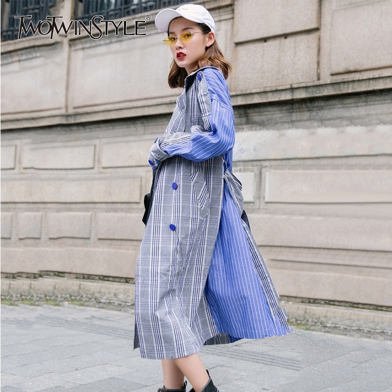 TWOTWINSTYLE Patchwork Plaid   Trench   Coat Female Long Sleeve Lace Up Harajuku Fashion Long Windbreaker For Women Autumn 2018 New