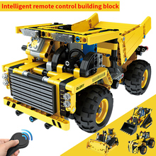 2.4G RC City Engineering Building Block Bricks Remote control Car DIY Assemble toys Wireless Technic Machine Car Educational Toy city creators radio remote control heavy haul train building block worker figures engineering bricks 60098 rc assemblage toys