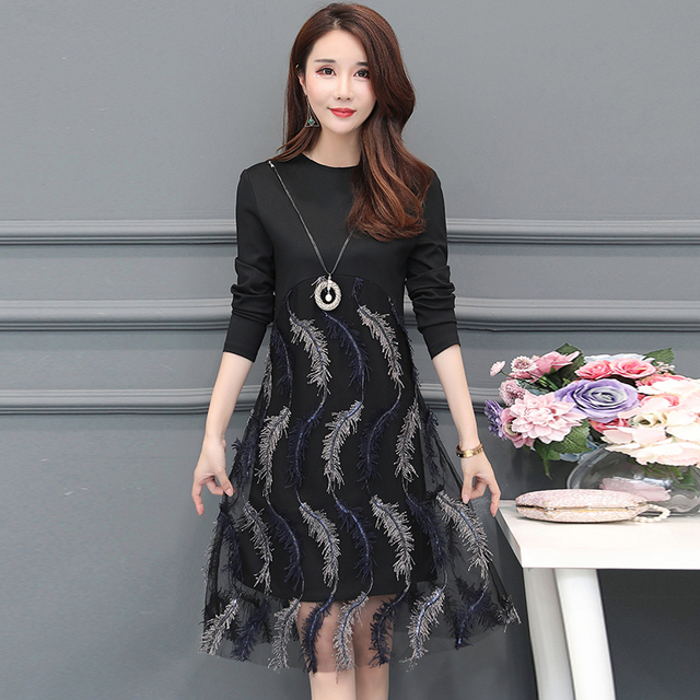 Plus Size 2019 New Spring Women dress Patchwork Embroidery Mesh Loose Feather Render Wealthy Woman Dresses 1956