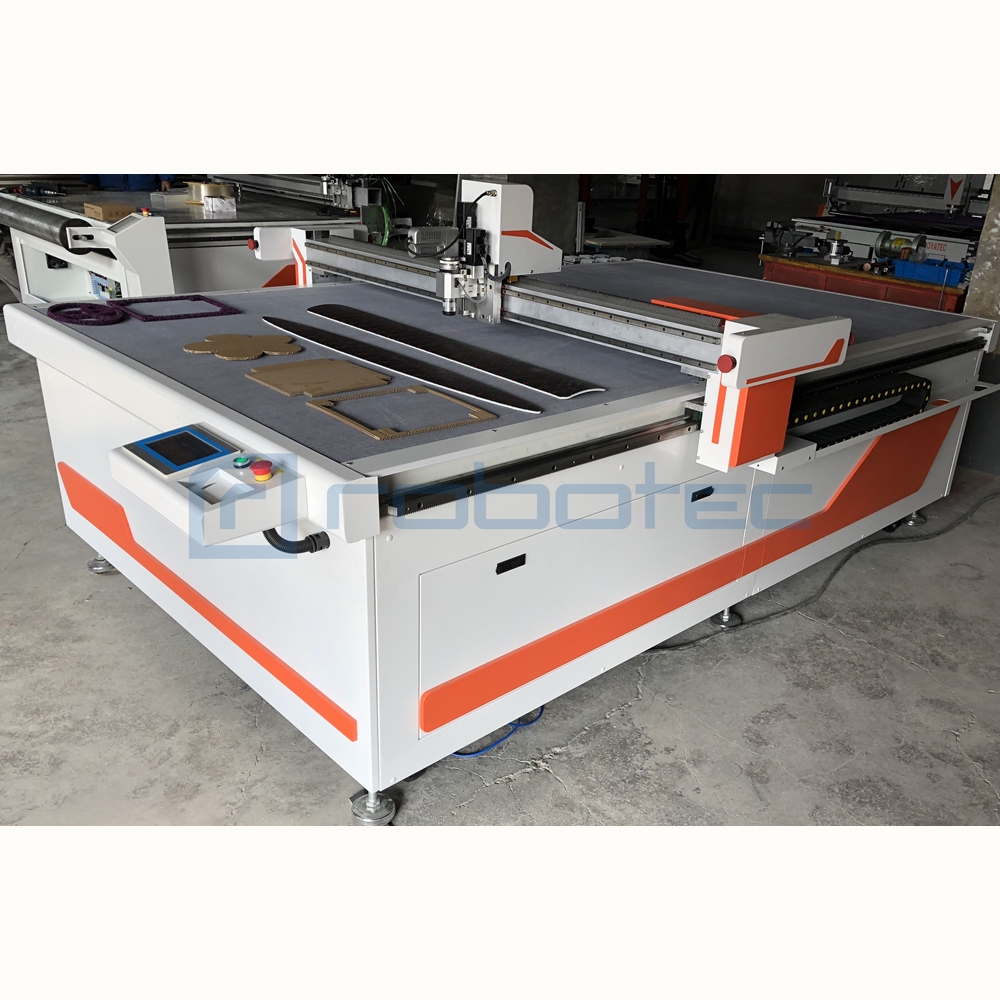 High Efficient Cardboard Cutting Machine For Sale/1600*2500mm Cardboard Box Cutting Machine With Oscillating Knife