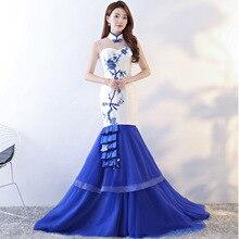 купить Chinese Style Evening Dress Sleeveless Cheongsam Blue White Traditional Women Oriental Wedding Gowns Qipao Embroidery Cheongsams по цене 8338.1 рублей