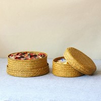 Handmade Straw Wicker Basket Picnic Fruit Food Round Storage Box Container With Lid Cover Sundries Kitchen Desk Panier Osier