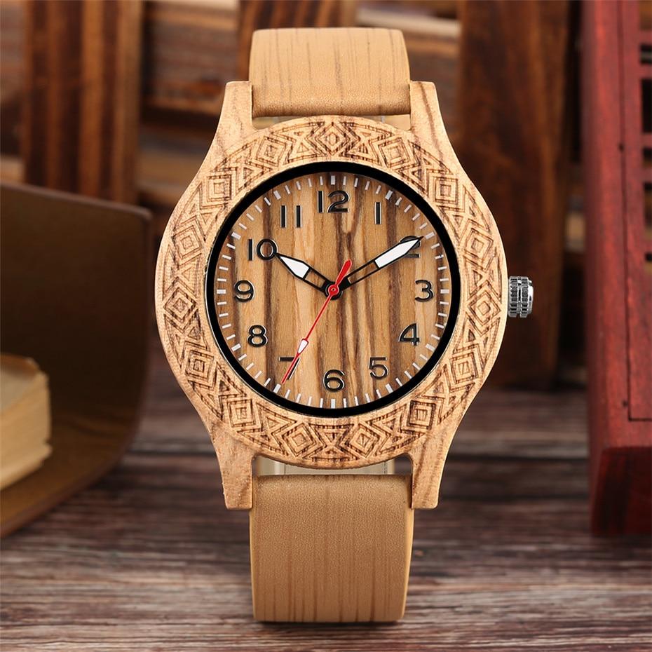 Classic Engraved Pattern Wooden Watch for Men Women Retro Fashion Red/Maple Wood Quartz Mens Wristwatch Genuine Leather Strap