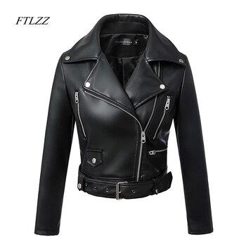 FTLZZ جديد إمرأة خريف شتاء جلد صناعي أسود جاكيتات زيبر الأساسية معطف بدوره إلى أسفل طوق موتور السائق سترة مع حزام