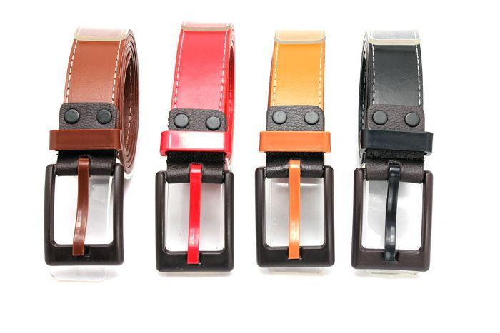 Version coréenne de la ceinture colorée hommes ceinture dames métal allergie tous azimuts cadeaux designer ceintures hommes de haute qualité luxe