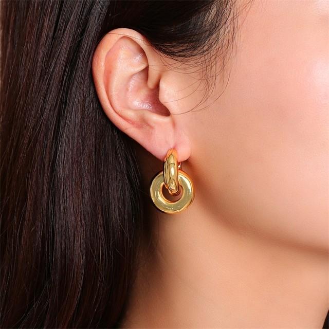 Minimalistiske øreringe