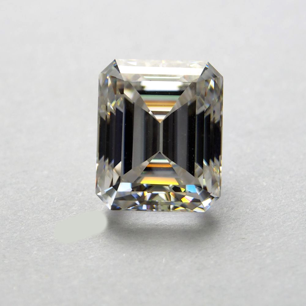8*10mm Emerald Cut 3.17 carat White Moissanite Stone Loose Moissanite Diamond for Ring8*10mm Emerald Cut 3.17 carat White Moissanite Stone Loose Moissanite Diamond for Ring