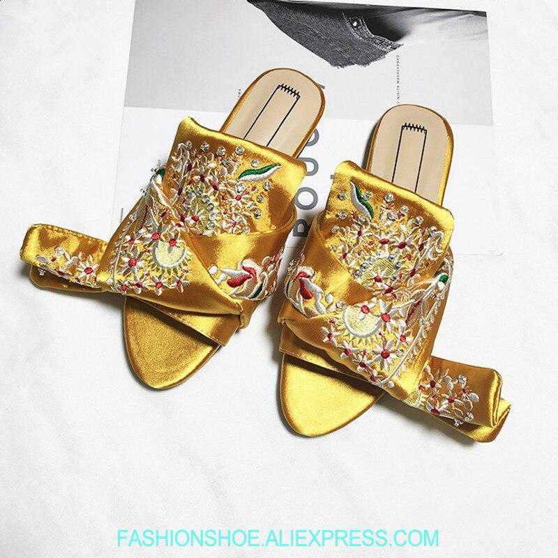 Décontractées Sandalias Femmes Sur Slip D'été As as Street De Mujer Pour Sandales Show Style Chaussons Chaussures Soie Diapositives Appartements Femme Show Broderie Xv8wxBq