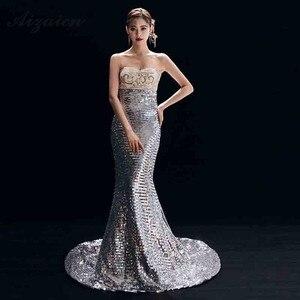 Image 4 - Nuovo Ricamo Cheongsam Lungo Da Sera Vestiti Da Partito Per Le Donne Abbigliamento Tradizionale Cinese Qipao Blu Reale di Lusso Sfilata di Moda