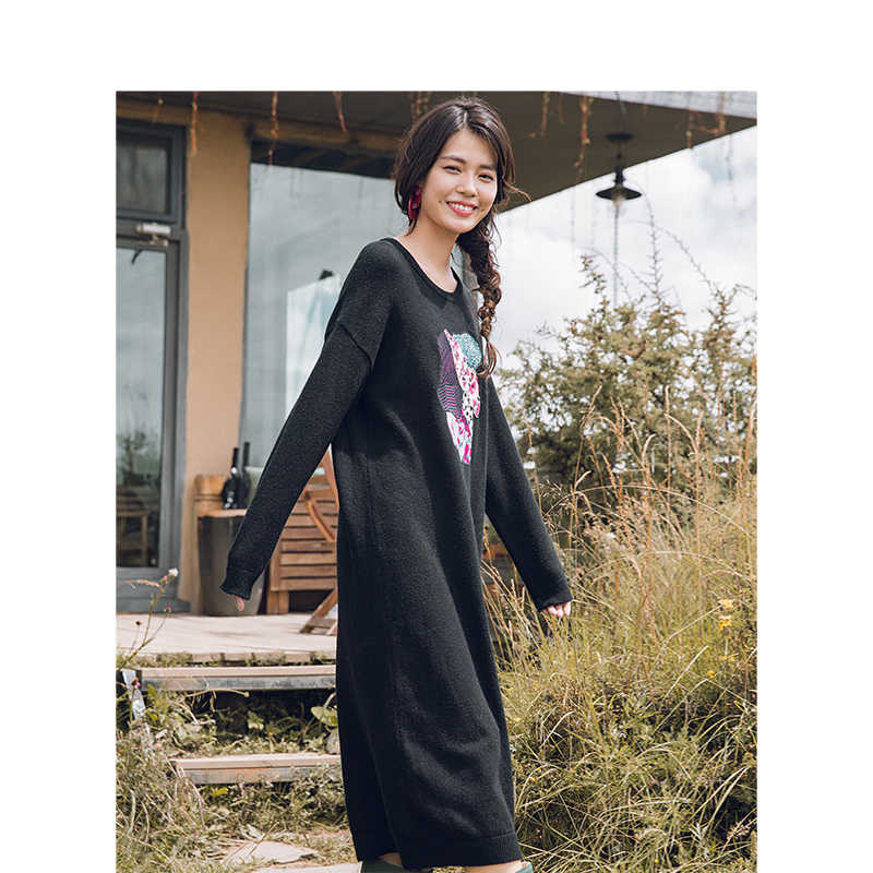 INMAN Winter Round Collar Embroidery Literary Long Sleeve Long Section Woolen Woman Dress