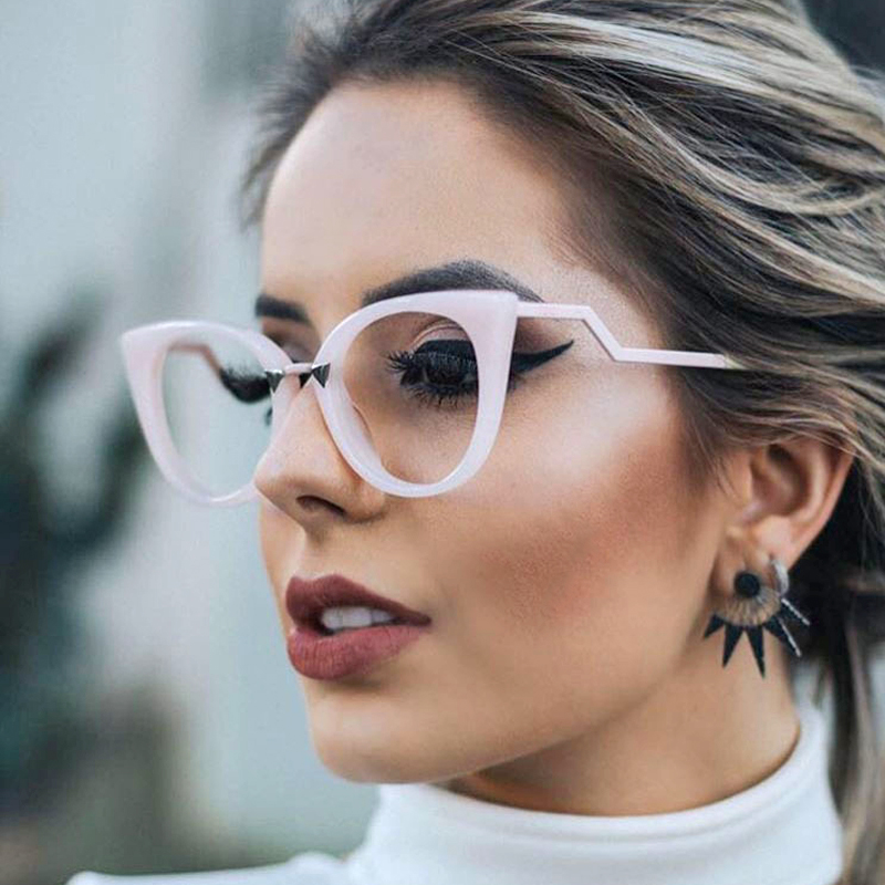 Fashion Design Personality Cat Eye Sunglasses Women Popular Clear Lens Glasses UV400 Protection Eyewear Outdoor Accessories