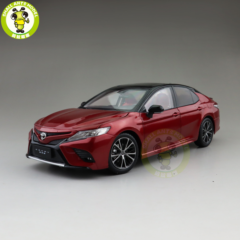 1 18 Toyota New Camry 2018 Sport 8th generation Diecast Car Model Toys for kids Gift