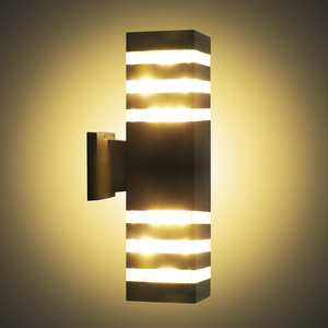 Image 2 - Lampe dextérieur imperméable, design industriel, éclairage dextérieur, design moderne, éclairage den haut et den bas à mur LED, luminaire décoratif dextérieur, idéal pour un jardin