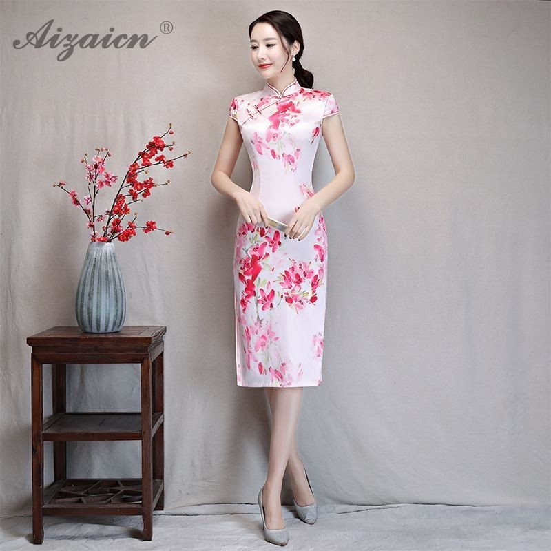 2019 New Fashion Cheongsam Modern Pink Qipao Dress China Silk Dresses Chinese Traditional Gown Oriental Slim Fit Print Qi Pao in Cheongsams from Novelty Special Use