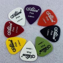 12 pieces Alice Guitar Pick Non-slip Black White Plastic Mediator for Acoustic Electric Guitarra Ukulele Accessorie Random Color