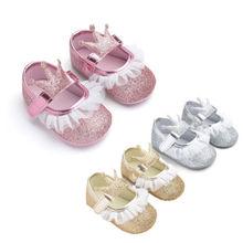 Maluch dziecko buty noworodka dziewczynka brokat szopka buty antypoślizgowe miękkie podeszwy trampki Prewalker koronkowe dziecięce buty dziewczęce 20A21 tanie tanio Baby girl Cotton Fabric Stałe Pasuje prawda na wymiar weź swój normalny rozmiar Dla dzieci Crib shoes