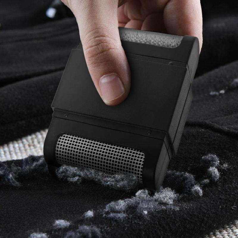 Manual Clothes Lint Remover to Remove Hair Ball and Fuzz for Sweaters Curtain and Carpets 2