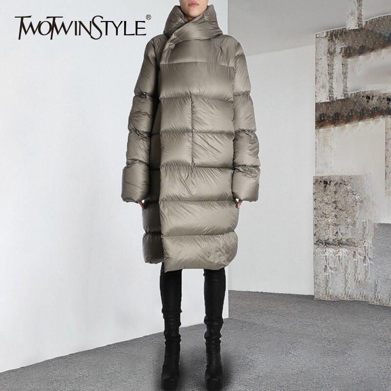 TWOTWINSTYLE Con Cappuccio di Inverno delle Donne Lunghe Imbottiture Giacca Manica Lunga, Più Spessa di Grandi Dimensioni Cappotti Donna di Modo Caldo 2018 di Marea