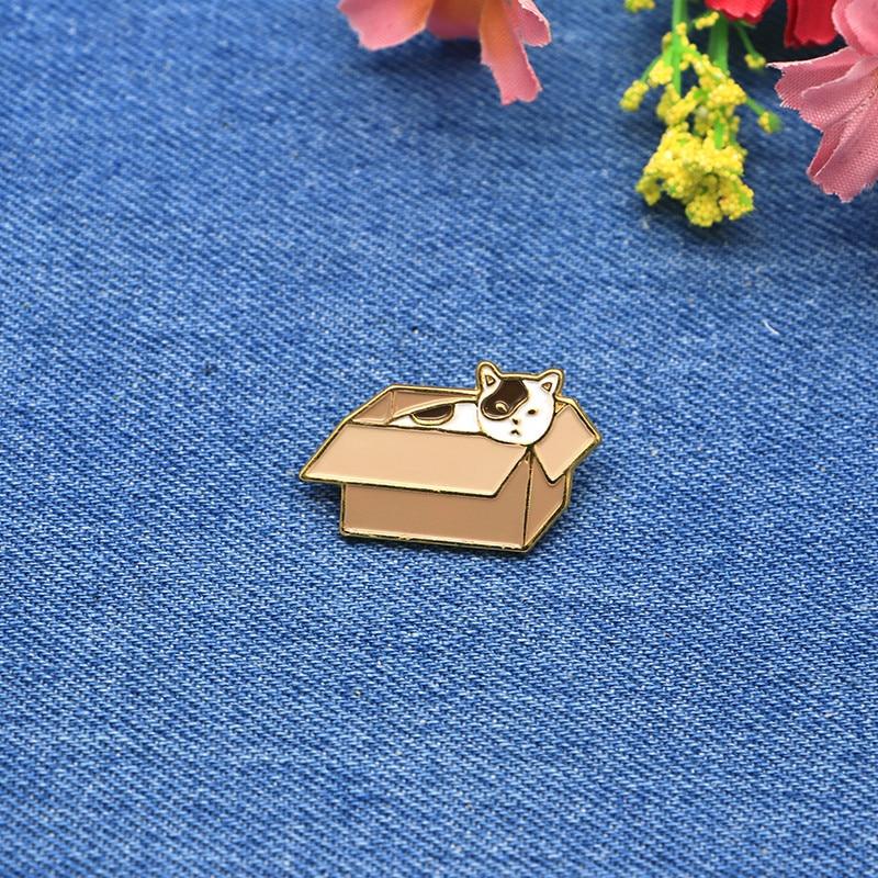 Apparel Sewing & Fabric Cartoon Animals Brooches Box Cat Enamel Pin For Girls Lapel Pin Hat/bag Pins Denim Jacket Shirt Women Brooch Badge Sc4364